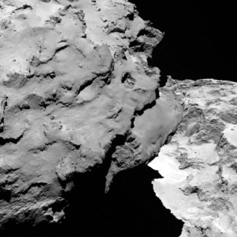 Comet close-up fullwidth